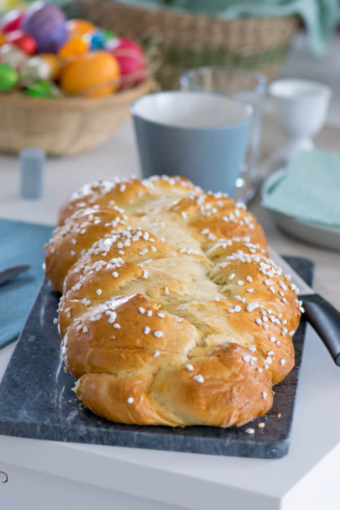 Osterfrühstück mit dem perfekten Hefezopf