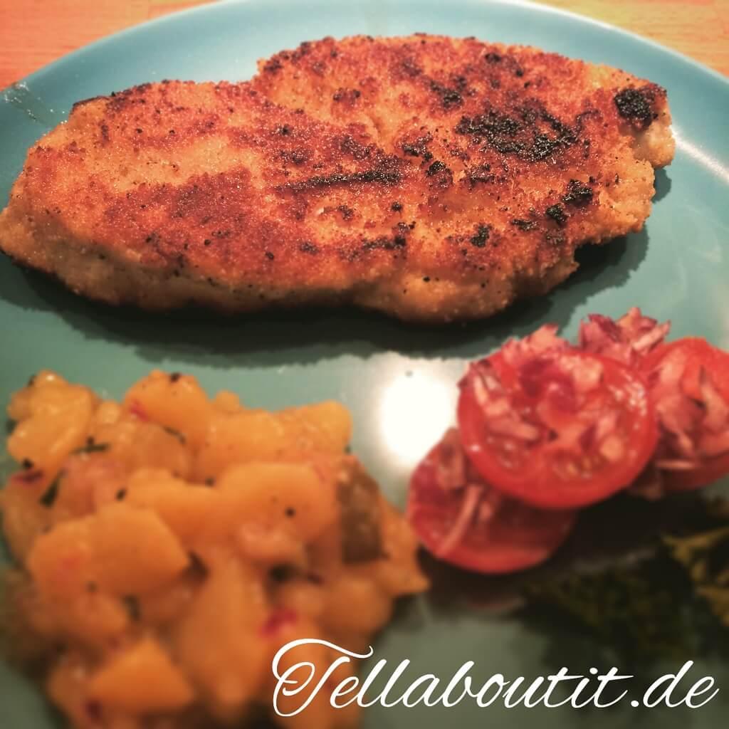 Paniertes Putenschnitzel mit bayerischem Kartoffelsalat