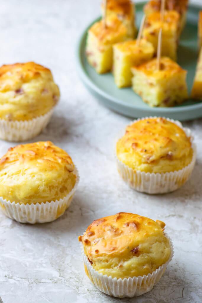 Perfekt als Snack zwischendurch oder zum Mitbringen - Käse Schinken Muffins