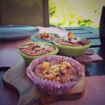 Apfel Walnuss Muffins mit Marzipan und Dinkelmehl