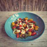 Schneller Rucola Tomaten Salat mit Balsamico Creme