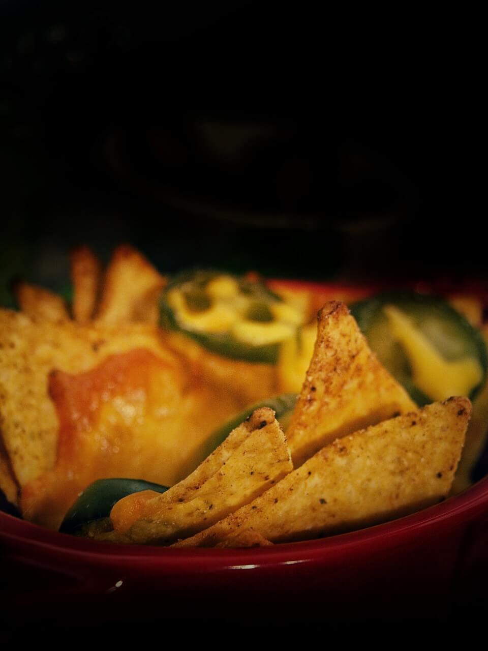 Käse Nachos mit Guacamole