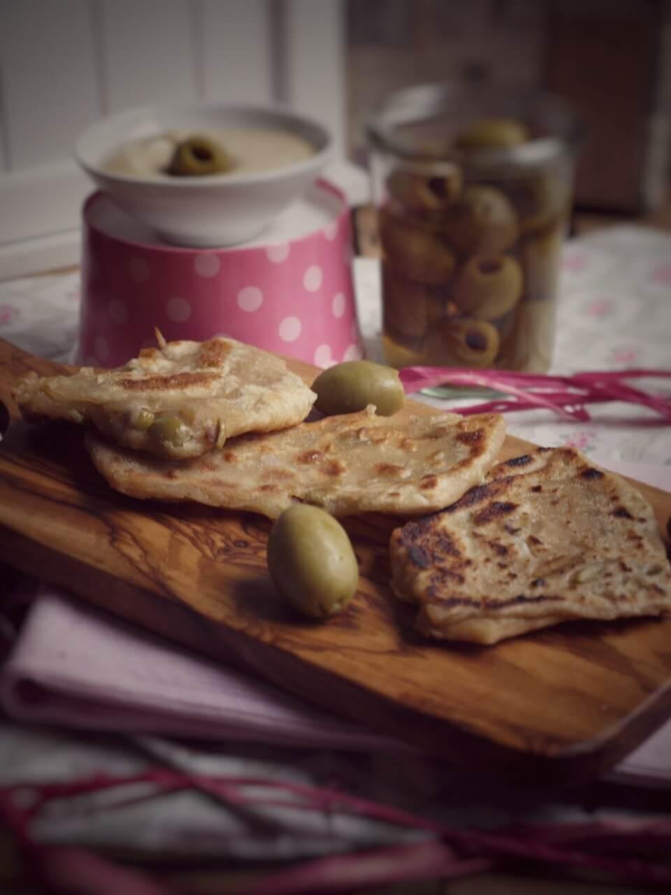 Foto Hummus m. Dinkelfladen