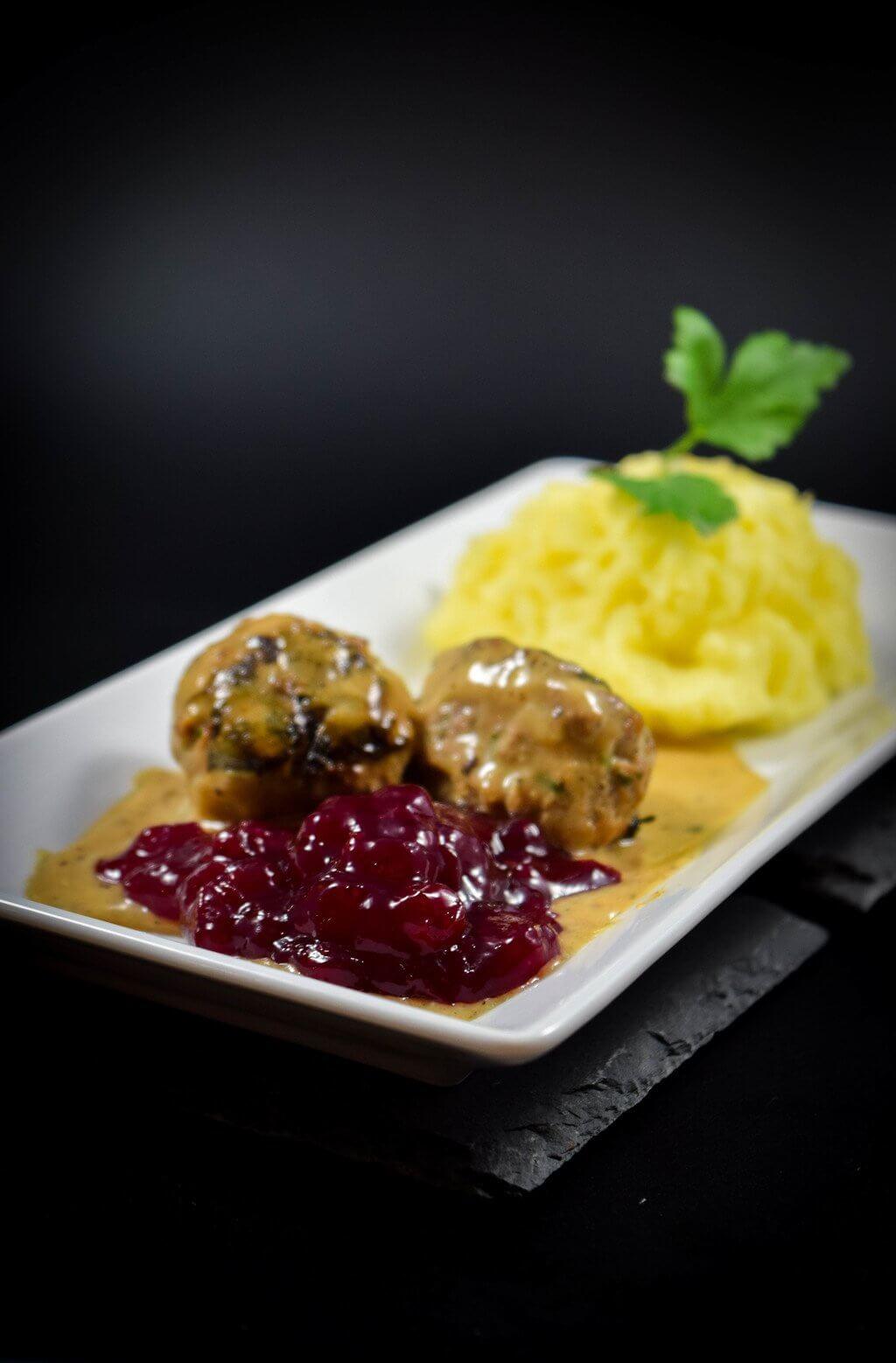 Soße Zu Köttbullar : schwedische k ttbullar mit kartoffelp rre und rahmso e ~ Watch28wear.com Haus und Dekorationen