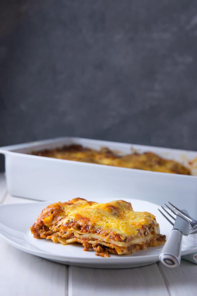 So kochst du deine eigene perfekte italienische Lasagne mit aromatischer Bolognese Sauce und cremiger Bechamel