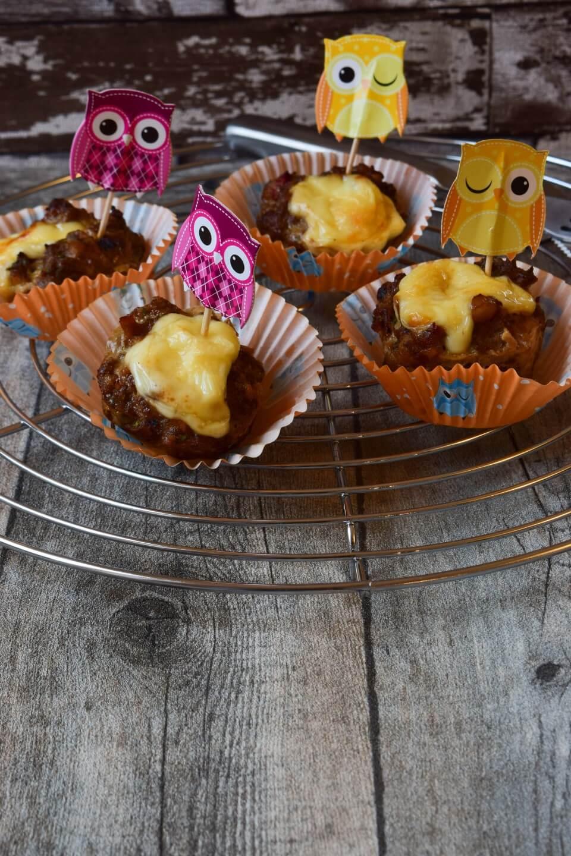 Laugen Hackfleisch Muffins mit Käse