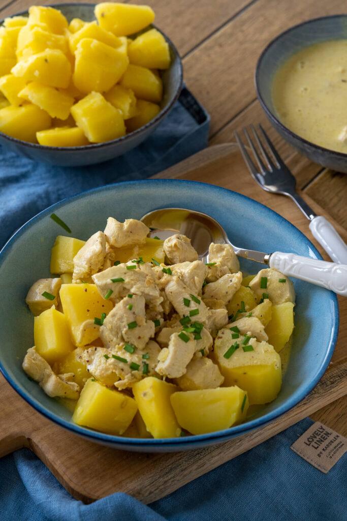 Senfsoße ist einfach der Knaller. Mit Hähnchenfleisch und Kartoffeln in nur 30 Minuten auf dem Tisch