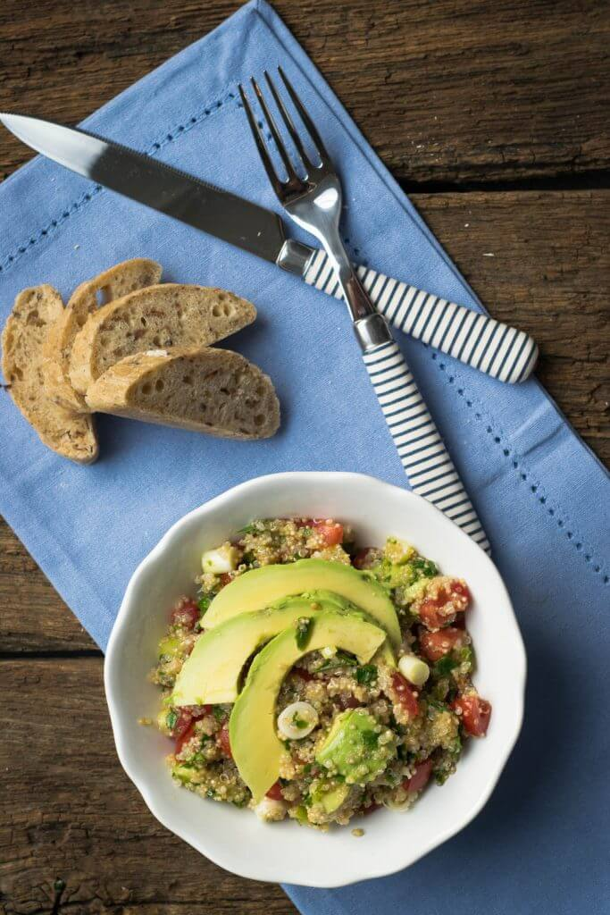 Quinoa Avocado Salat