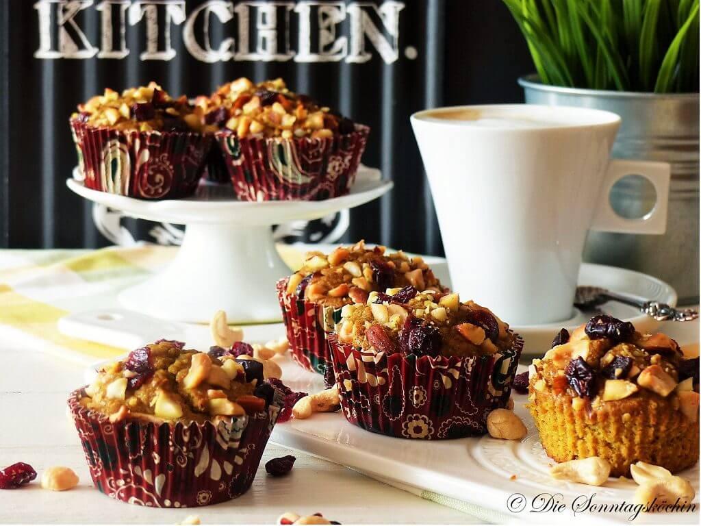 Frühstück Muffins mit Nusstopping