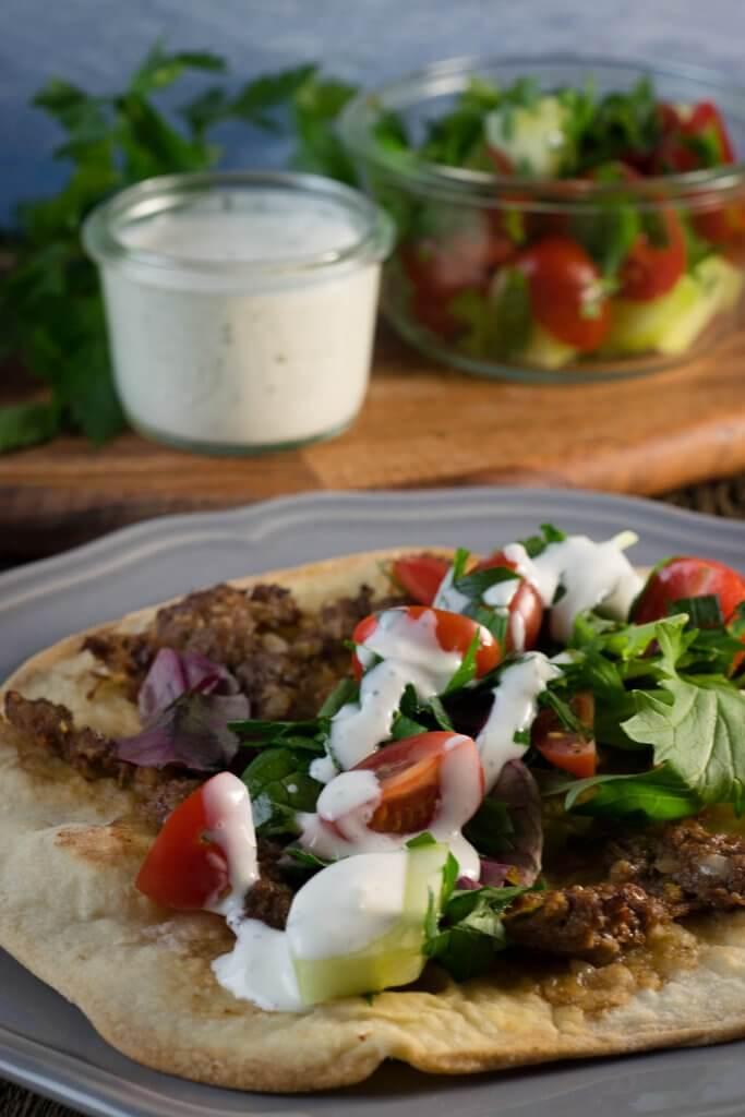 Suuuper genial, Türkische Pizza mit Hackfleisch selber machen