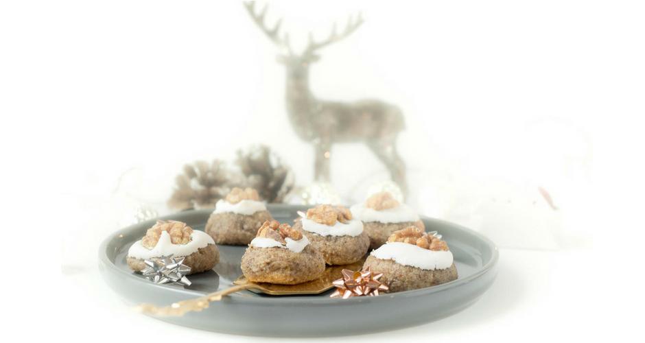 Weihnachtliche Zimt Marzipan Plätzchen mit Walnuss