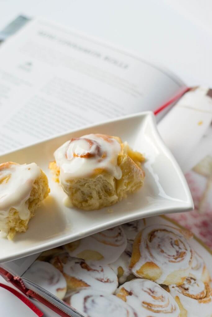 Einfaches Rezept für Zimtschnecken mit Frischkäse Frosting