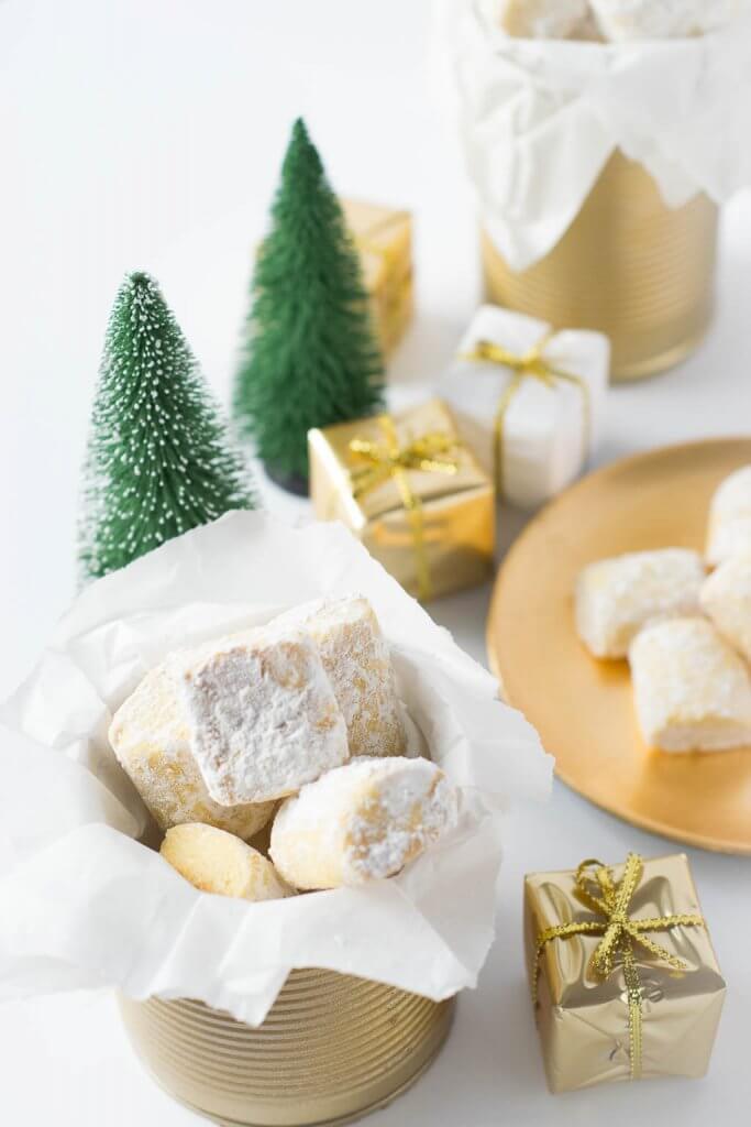 Super leckere Kekse in selbstgemachter Keksdose zum Verschenken