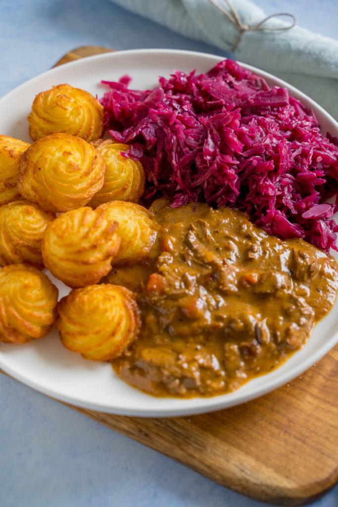 Köstliches Rindergulasch - so einfach kannst du es selber kochen