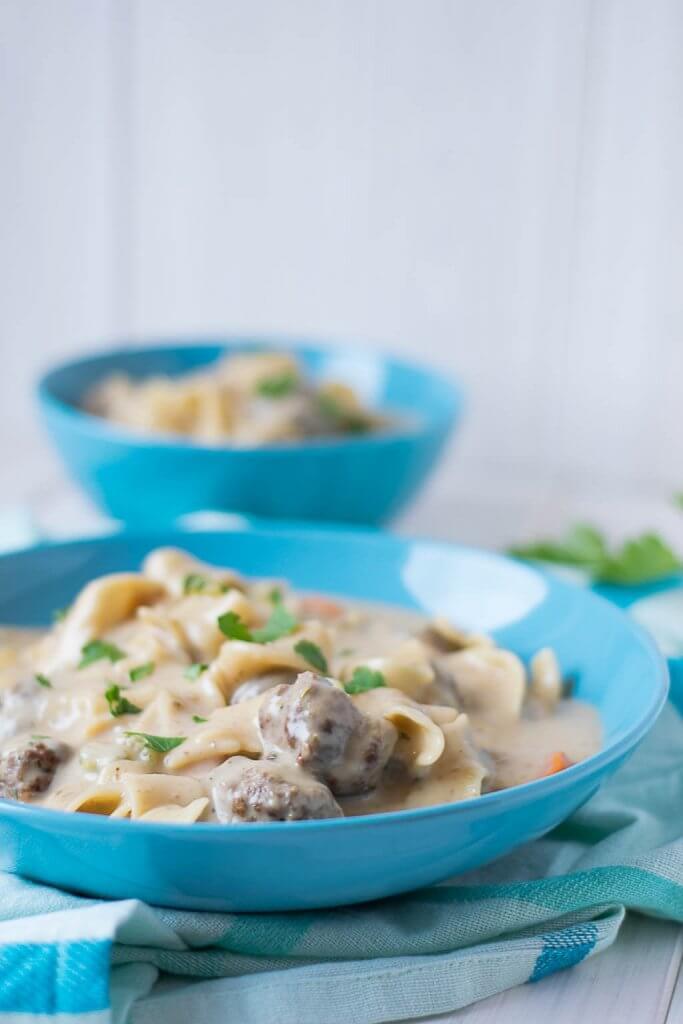 Rezept für super leckere Köttbullar Suppe mit Nudeln