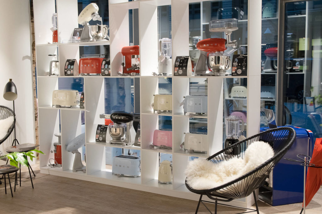 Smeg retro Style - Hamburg Smeg Store Schaufenster