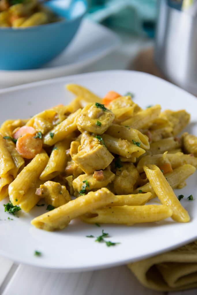 pasta mit hähnchenstreifen