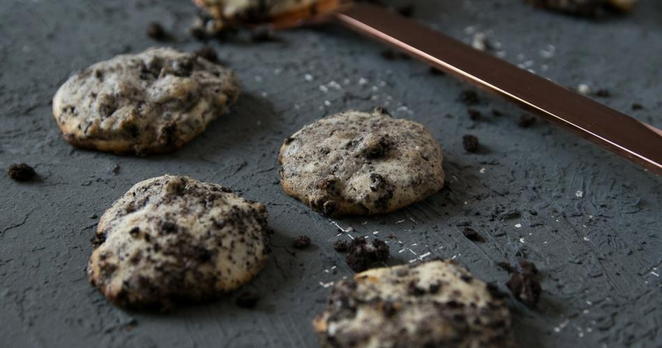 Oreo Cheesecake Cookies