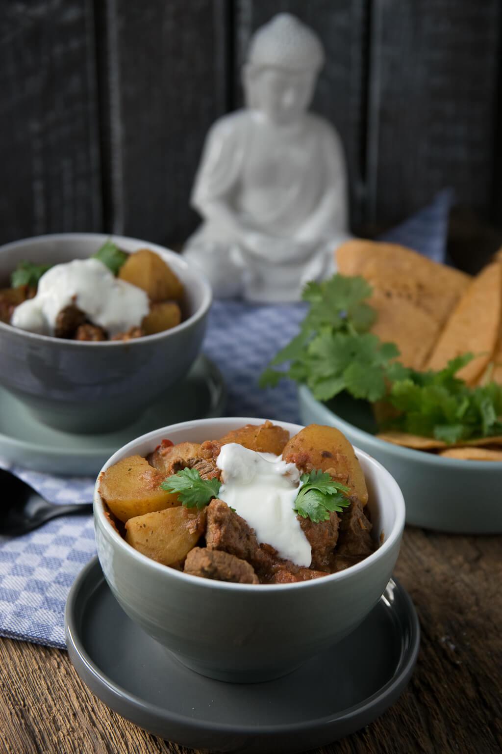 Super lecker aus dem Slowcooker - Curry Kartoffel Rindfleisch Topf