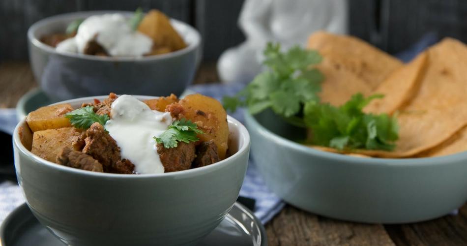 Richtig lecker, der Curry Kartoffel Rindfleisch Topf schmeckt einfach köstlich
