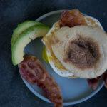 Yummy - Toastie mit Speck, Avocado und Spiegelei