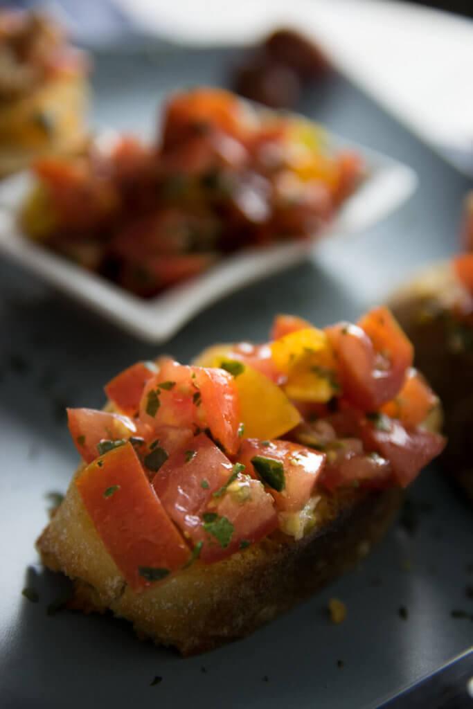 Tomaten Bruschetta ganz einfach selber machen