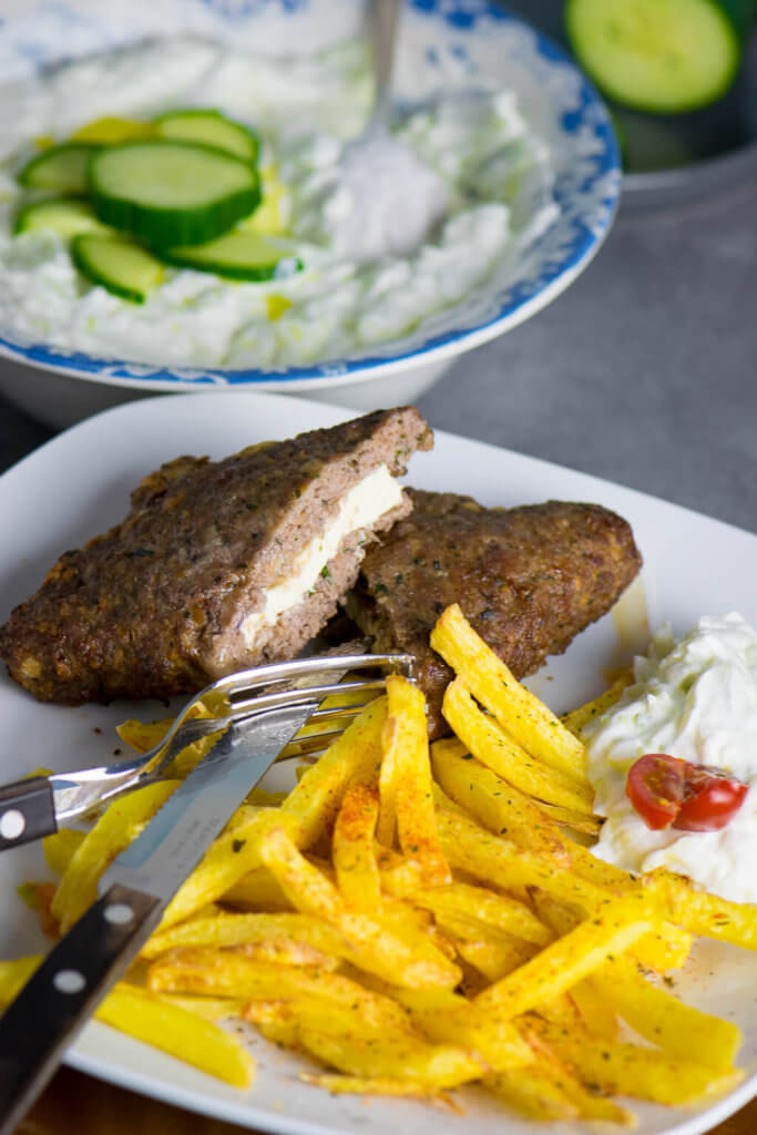 Bifteki mit Feta