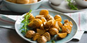 Super leckere Rosmarin Kartoffelecken mit Tomaten Salsa und Dip