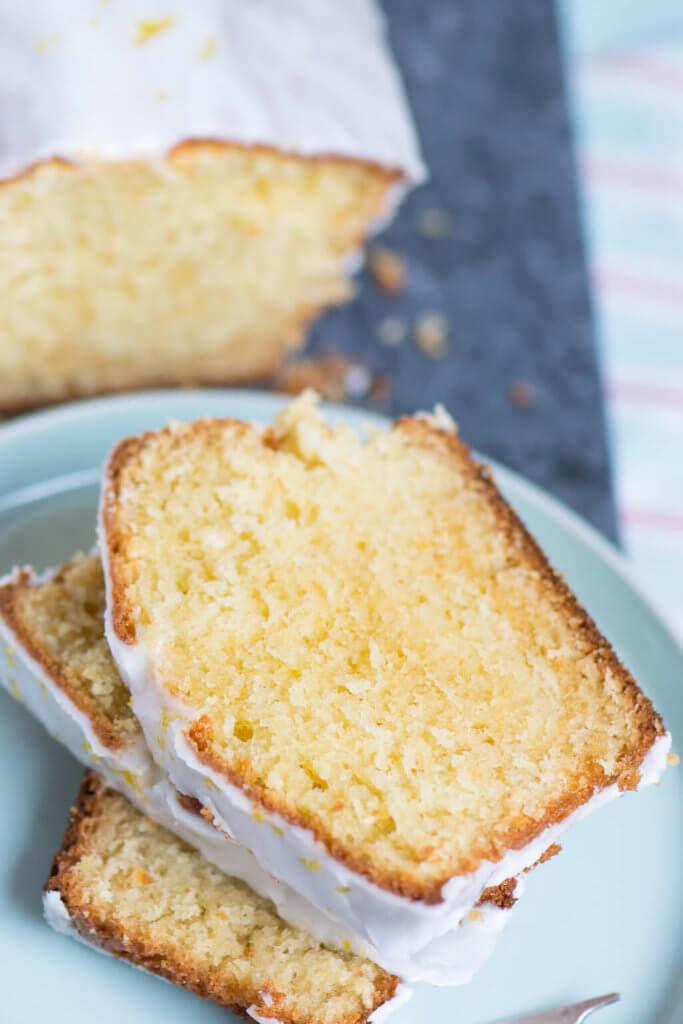 Backen mit Joghurt - Fluffiger Zitronenkuchen aus der Kastenform