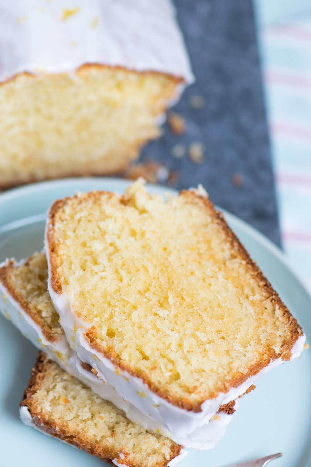 So Muss Er Schmecken Fluffiger Zitronen Mascarpone Joghurt Kuchen