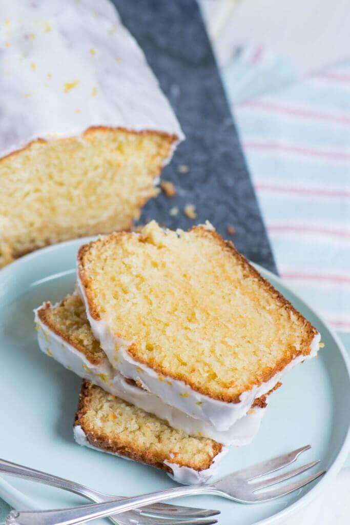 Erfrischend und saftig - Zitronen Mascarpone Joghurt Kuchen