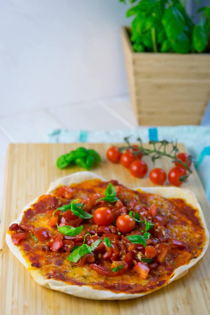 Unglaublich lecker - Pizza Bruschetta ganz einfach selber machen