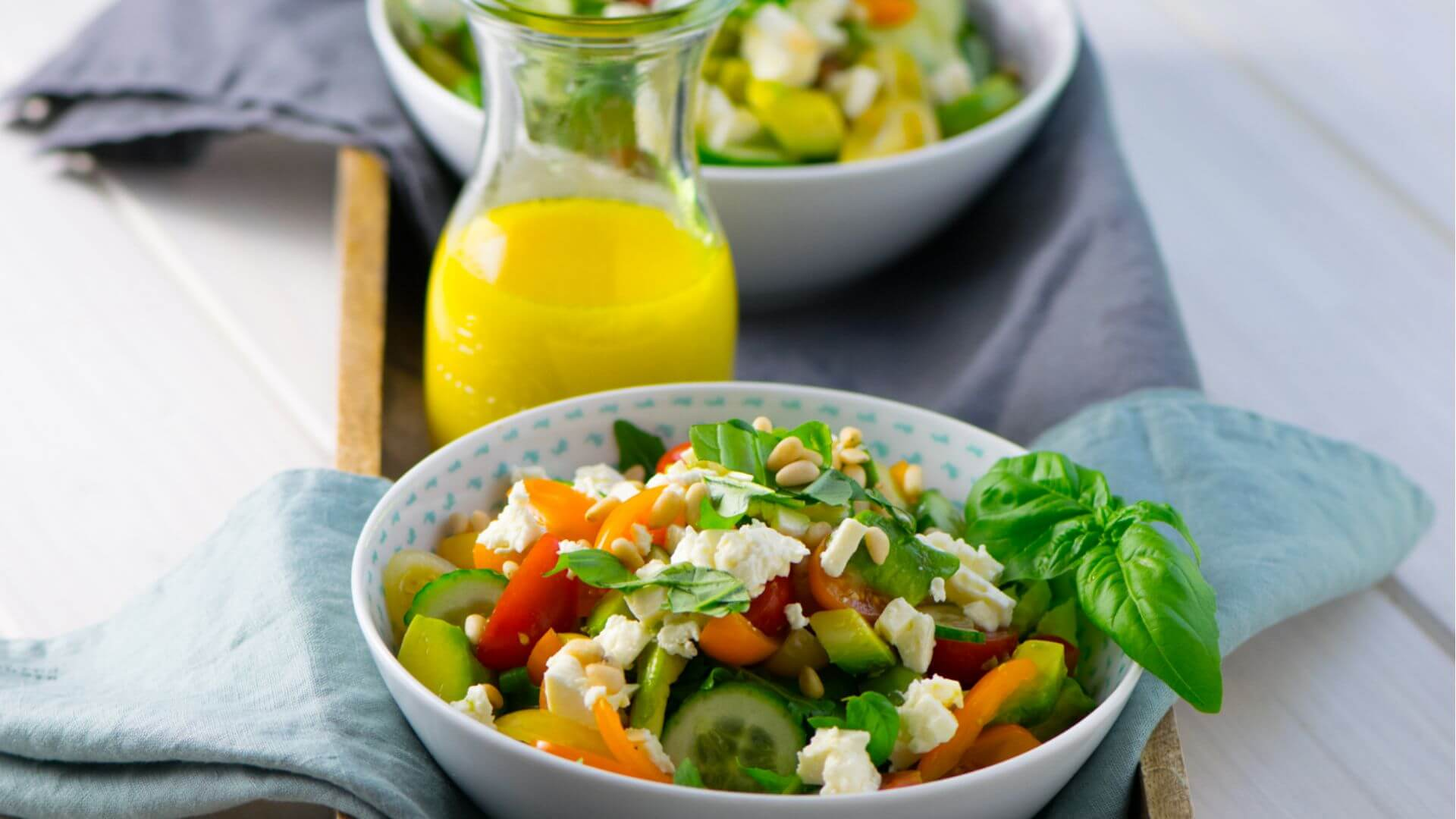 Avocado Feta Salat mit Rucola