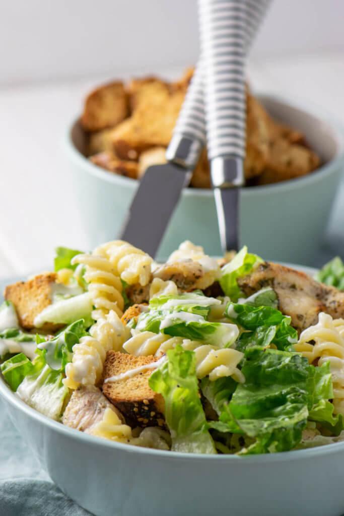 Caesar Salat als Nudelsalat