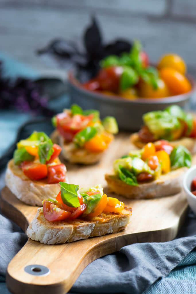 Avocado Tomaten Bruschetta