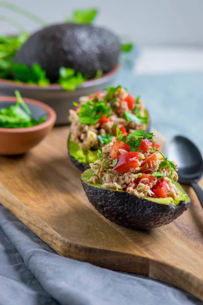 Avocado mit Thunfischfüllung