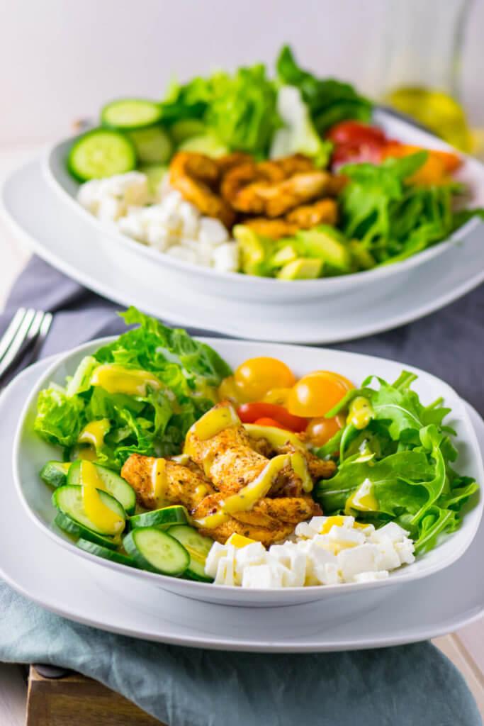 Schnell gemachter Salat mit Hähnchenbrust