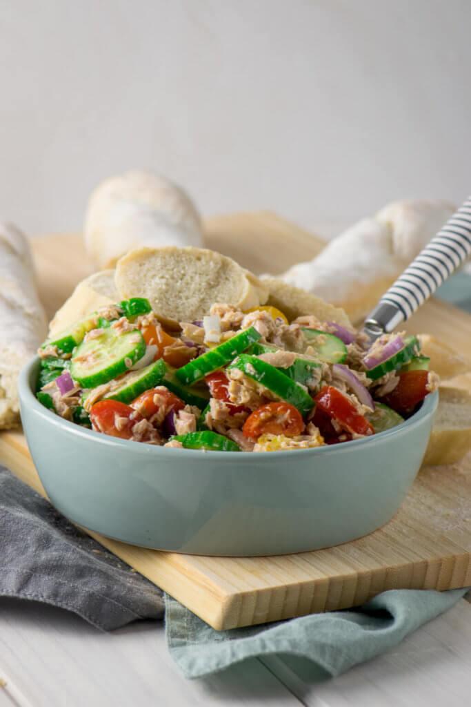 Schneller Thunfisch Salat mit Honig Senf Dressing