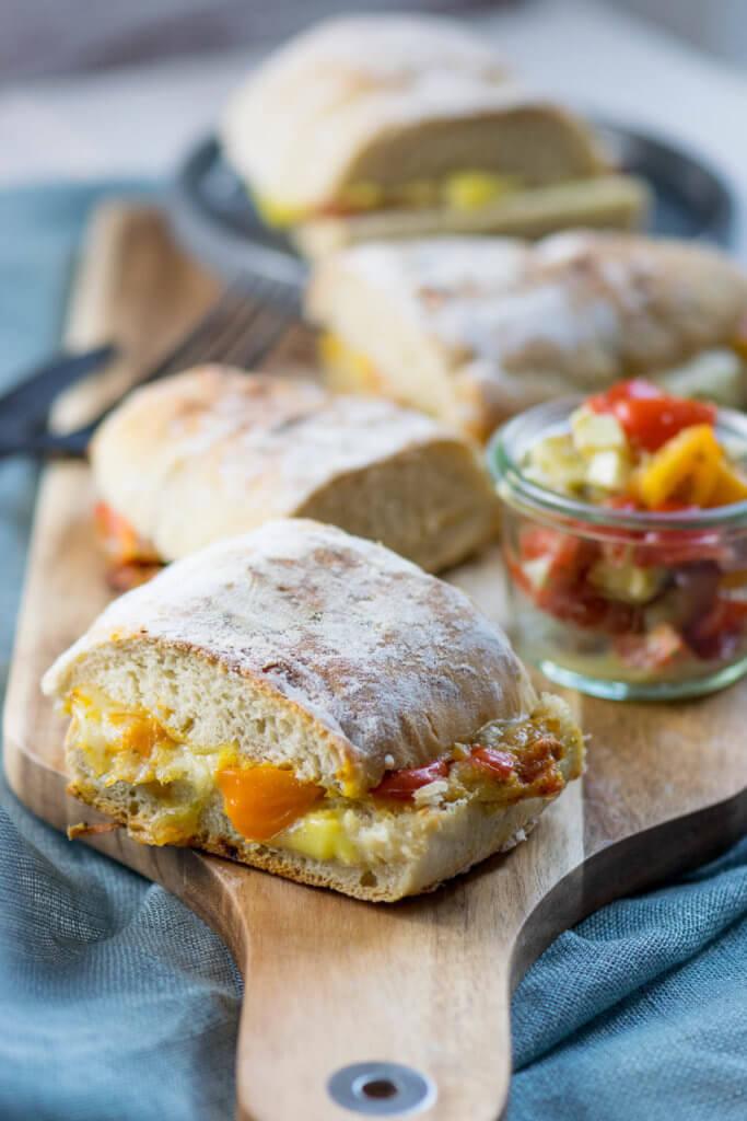 Tomate Mozzarella Panini von Kontaktgrill