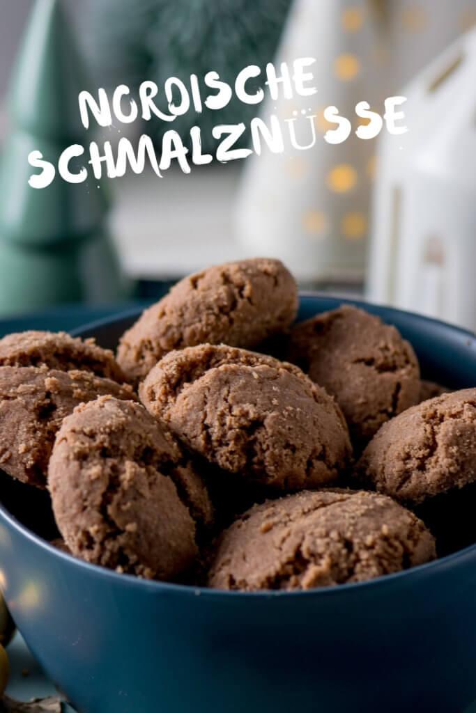 Schmalznüsse wie vom Bäcker - Mit diesem Rezept werden eure Schmalznüsse mega lecker und schmecken wie die Original Dithmarscher Schmalznüsse vom Bäcker. Rezept nach Großmutters Art.
