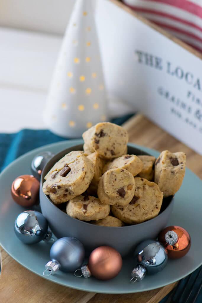 Tolles Rezept zum Backen für Weihnachten - Schokoladen Walnuss Taler