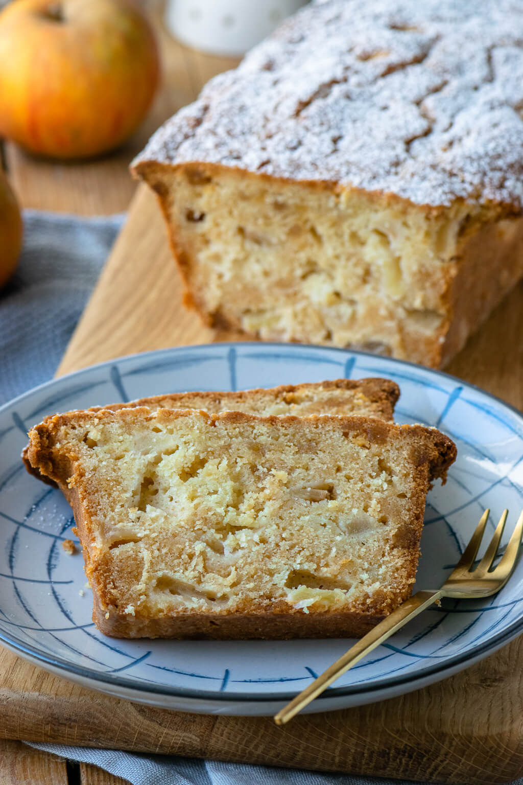 Einfacher Apfel Marzipan Kuchen