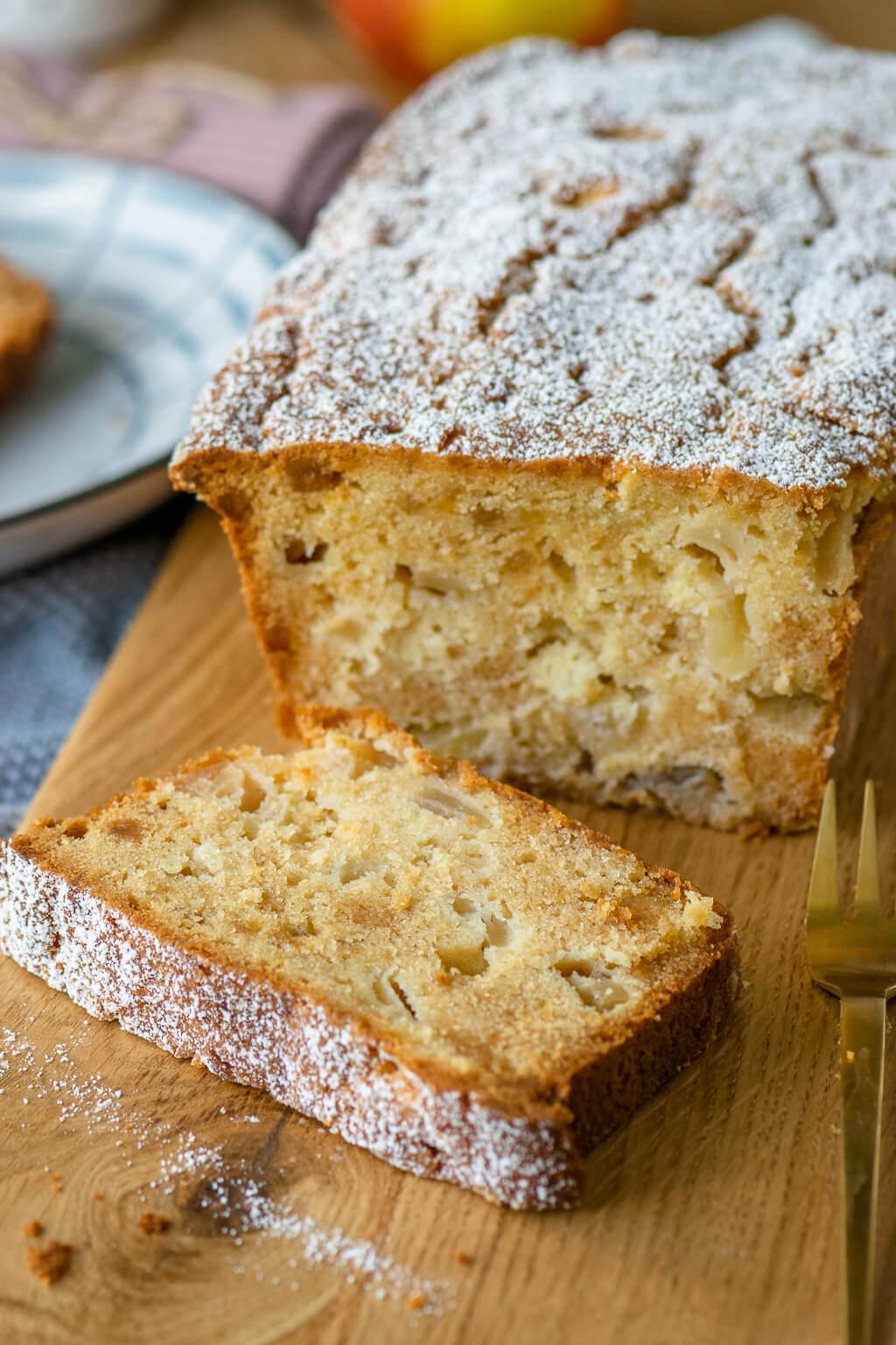 Ein super tolles Apfelkuchen Rezept - Apfel Marzipan Kuchen aus der Kastenform
