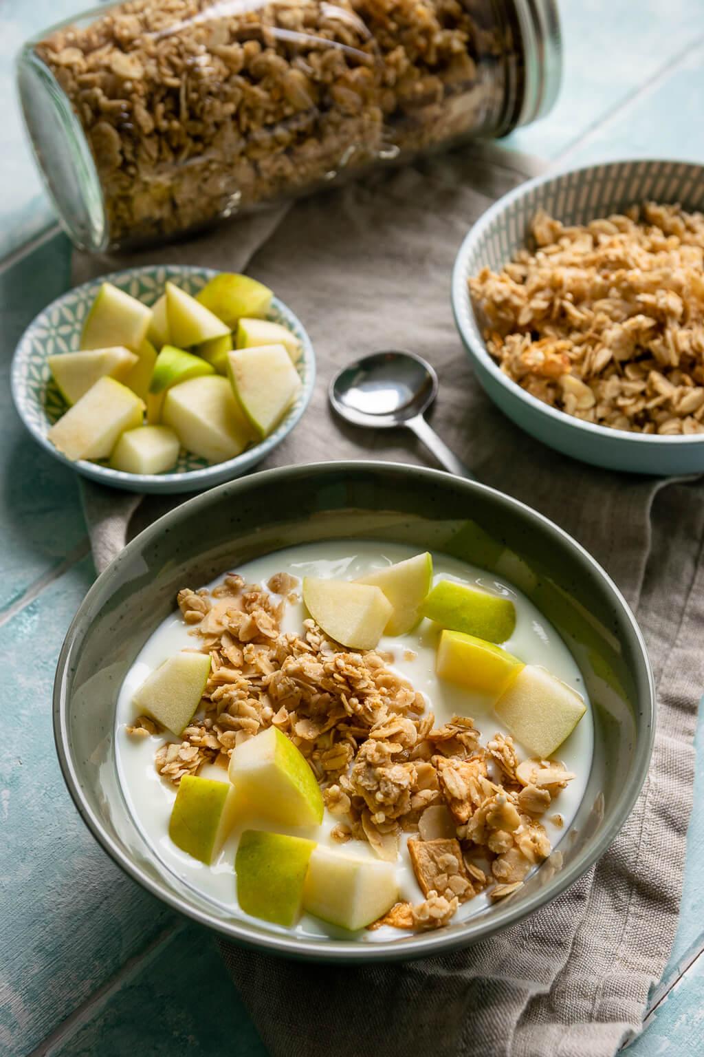 Apfel Zimt Knuspermüsli – gesund & lecker frühstücken