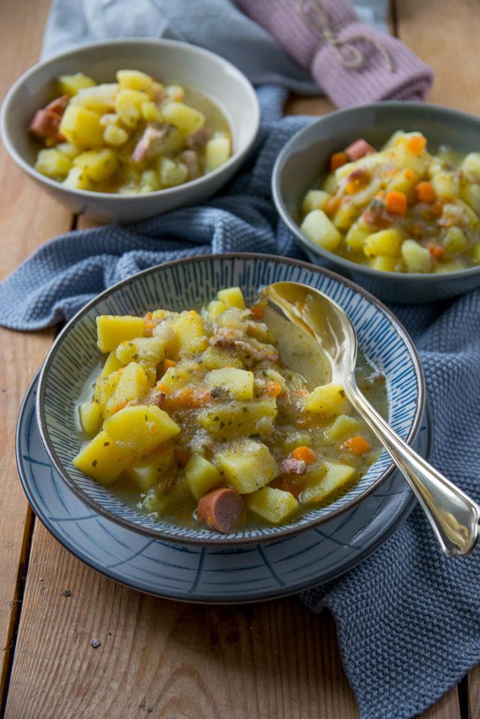 So einfach zuzubereiten, keine 40 Minuten und fertig ist die Kartoffelsuppe