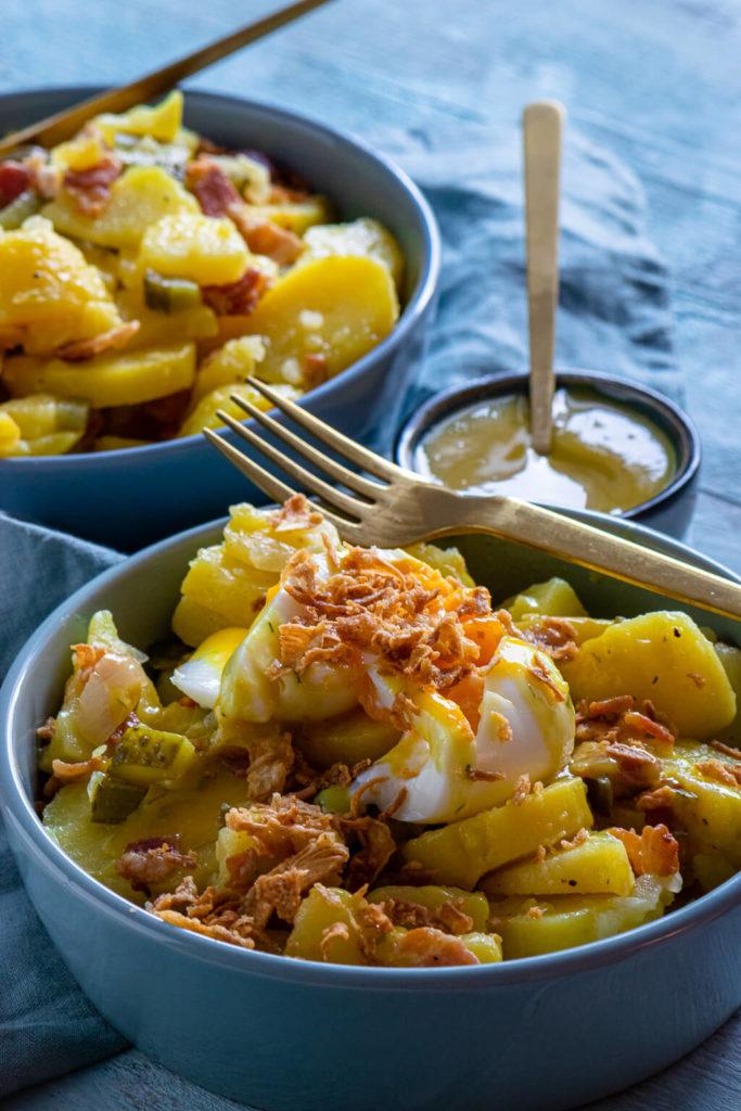 So extrem lecker, probiere den Kartoffelsalat mit Röstzwiebeln und Honig Senf Sauce