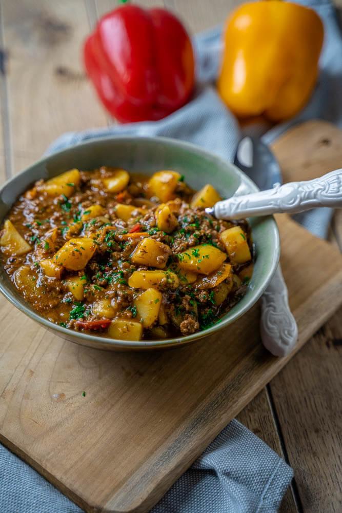 bauerntopf mit hackfleisch und kartoffeln