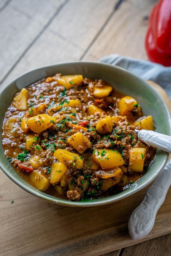 So einfach ist der Bauerntopf zubereitet - ganz ohne Maggi und Co - Bauerntopf Rezept zum Selbermachen