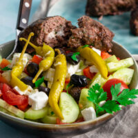 Griechischer Bauernsalat - einfach, schnell & lecker