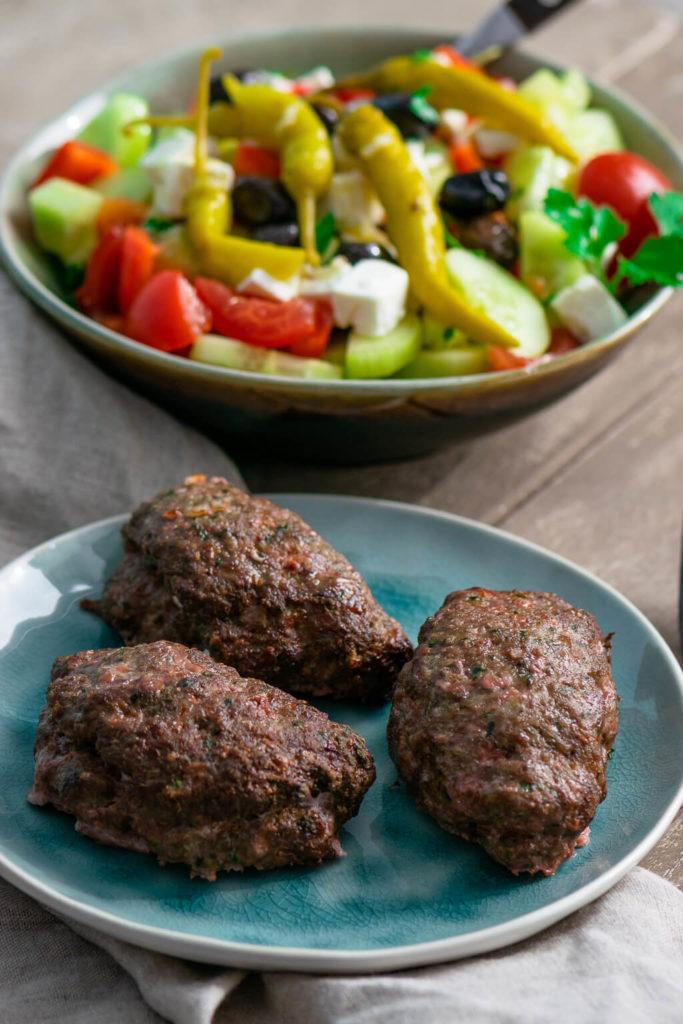 Bifteki selber braten - perfekt für die Heissluftfritteuse